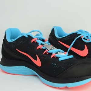 Nike Dual Fusion Run 3 653594-009 Women size 11
